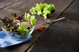 färsk grönsaksalladskål