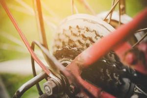 närbild detalj av cykelhjul foto
