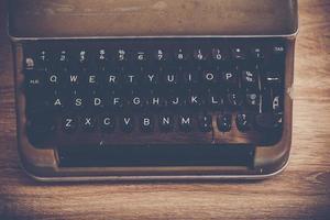 närbild av en vintage skrivmaskin