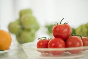färska mogna tomater