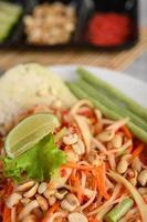 thailändsk papayasallad foto