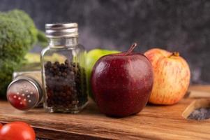 frukt och kryddor foto