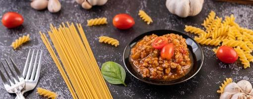 hemlagad pastasås