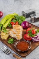 kycklingbiff med diverse grönsaker