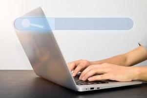 begreppet att söka efter information foto