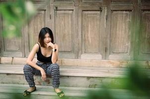 porträtt av en asiatisk kvinna foto