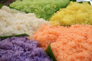 färgglad thailändsk efterrätt
