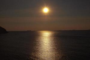 solnedgång vid ko si chang foto