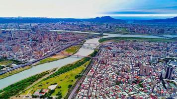 Flygfoto över centrala Taipei foto