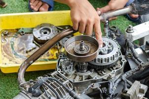 motorcykel motor reparation foto