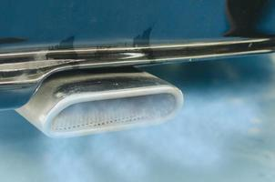 bilavgasrör foto