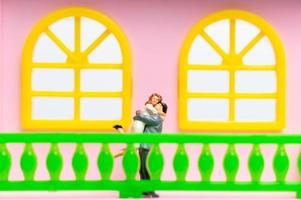 två figurer av en man och hustru foto