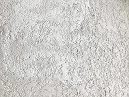 grov vit vägg