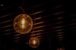 vintage hängande lampor foto