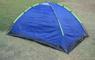 blått och grönt tält