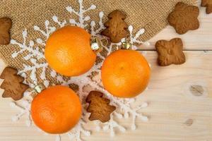 mandariner med pepparkakor