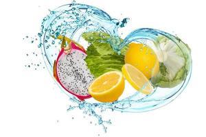 frukt och vatten foto