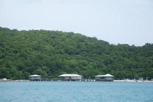 semesterort vid havet i Thailand foto