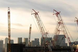 skyskrapor och byggprojekt i tokyo, japan foto