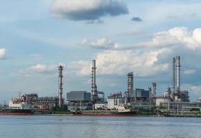 oljeraffineringsanläggning i Thailand foto
