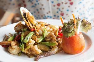 skaldjur på en restaurang i Thailand foto