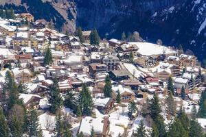 murren, en schweizisk bergsby foto
