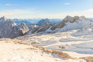 zugspitze glaciär skidort i bayerska alperna foto