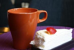 crape tårta med mugg