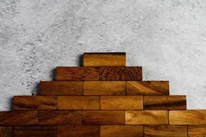 träklossar, används för dominospel foto