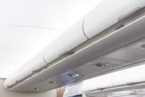 handbagageutrymme i ett flygplan