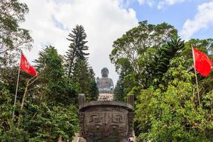 tian tan buddha staty vid polin kloster, ngong ping lantau ö, hong kong foto