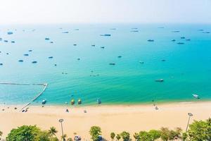 vacker tropisk strand i Pattaya City Thailand