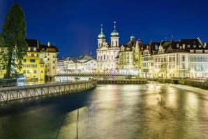 utsikt över den historiska stadskärnan i Luzern, Schweiz