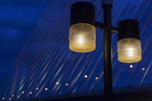 lampor på natten foto
