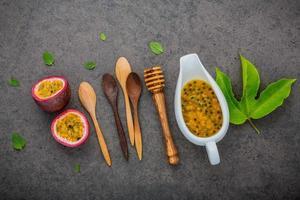 passionsfrukt och juice foto