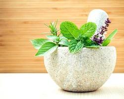 alternativ vård och örtmedicin foto