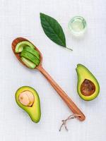avokado och olja foto