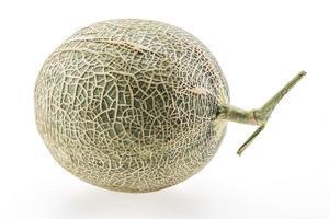 melon eller cantaloup på vit bakgrund foto
