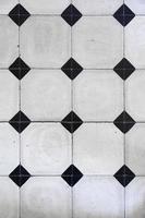mosaikplattor med geometriskt mönster