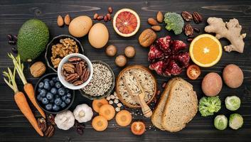 färsk hälsosam mat platt låg foto