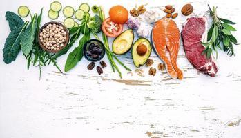 råa hälsosamma ingredienser foto