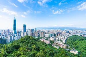 Taipei 101 torn och utsikt över Taipei, Taiwan foto