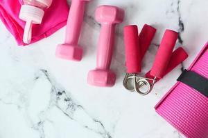 rosa träningsutrustning