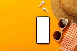 mock-up för smartphone och sommarartiklar foto