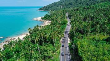 Flygfoto över vägen i Thailand