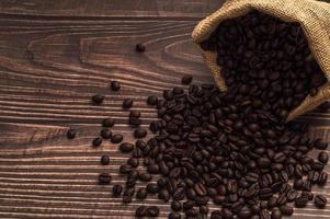 kaffebönor på bordet