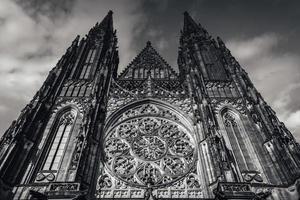 Tjeckien 2017 - Saint Vitus katedralfasad vid slottet i Prag