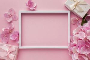 bildram med blommor foto