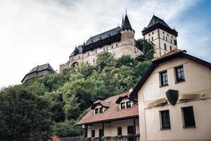 Tjeckien 2016 - Karlstejn slott grundades 1348 av Charles IV. stad Karlstejn, Beroun distrikt