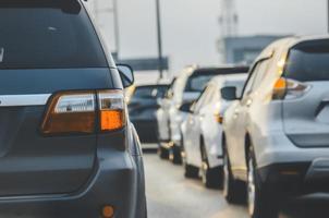 trafikstockning på en väg foto